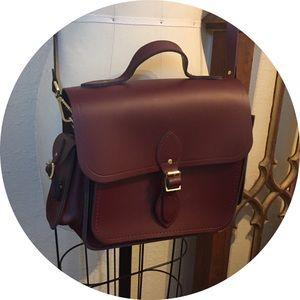 Cambridge Satchel Traveller Bag in Oxblood